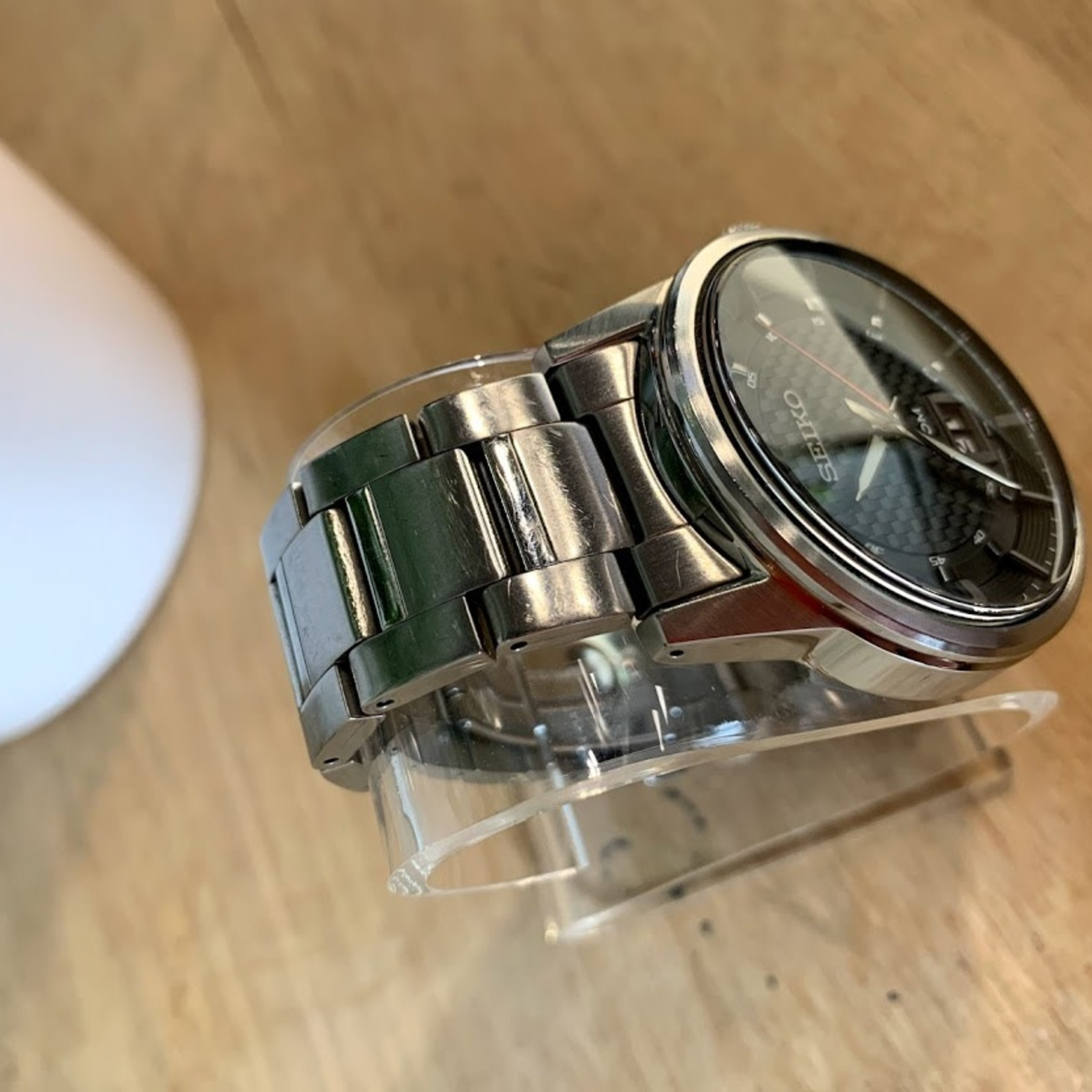 Seiko Men's Black Dial Watch SEIKO 6N76-00H0  *Signs of wear on wrist strap