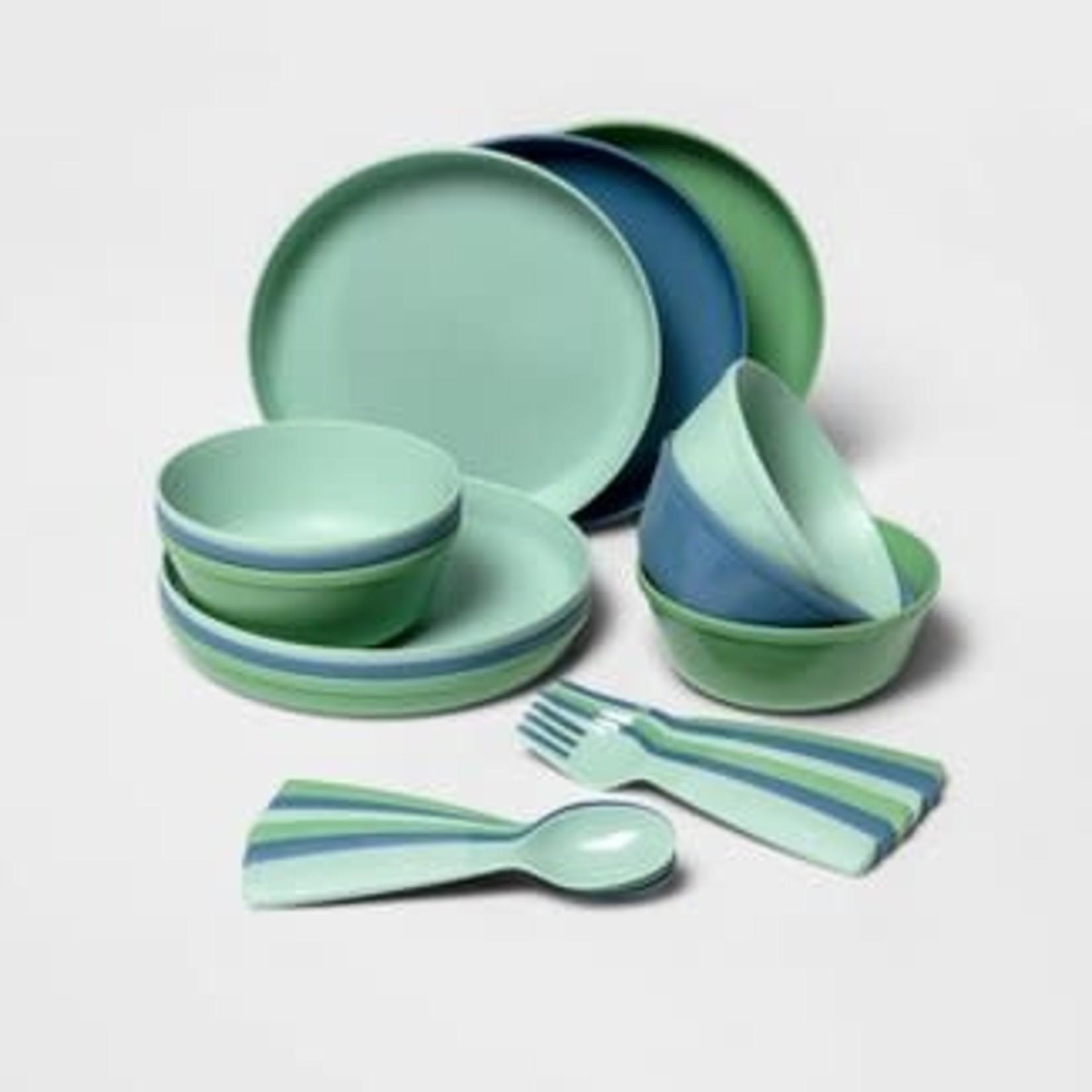 24pc Plastic Kids' Dinnerware Set - Pillowfort