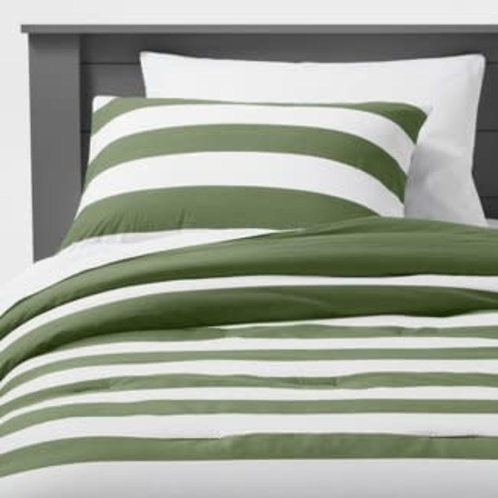 Pillowfort  Rugby Stripe Comforter Set-Full/Queen