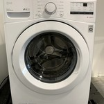 LG 5.2 cu.ft White Front Load Washer WM3400CW *No box, minor scuffs, like new condition