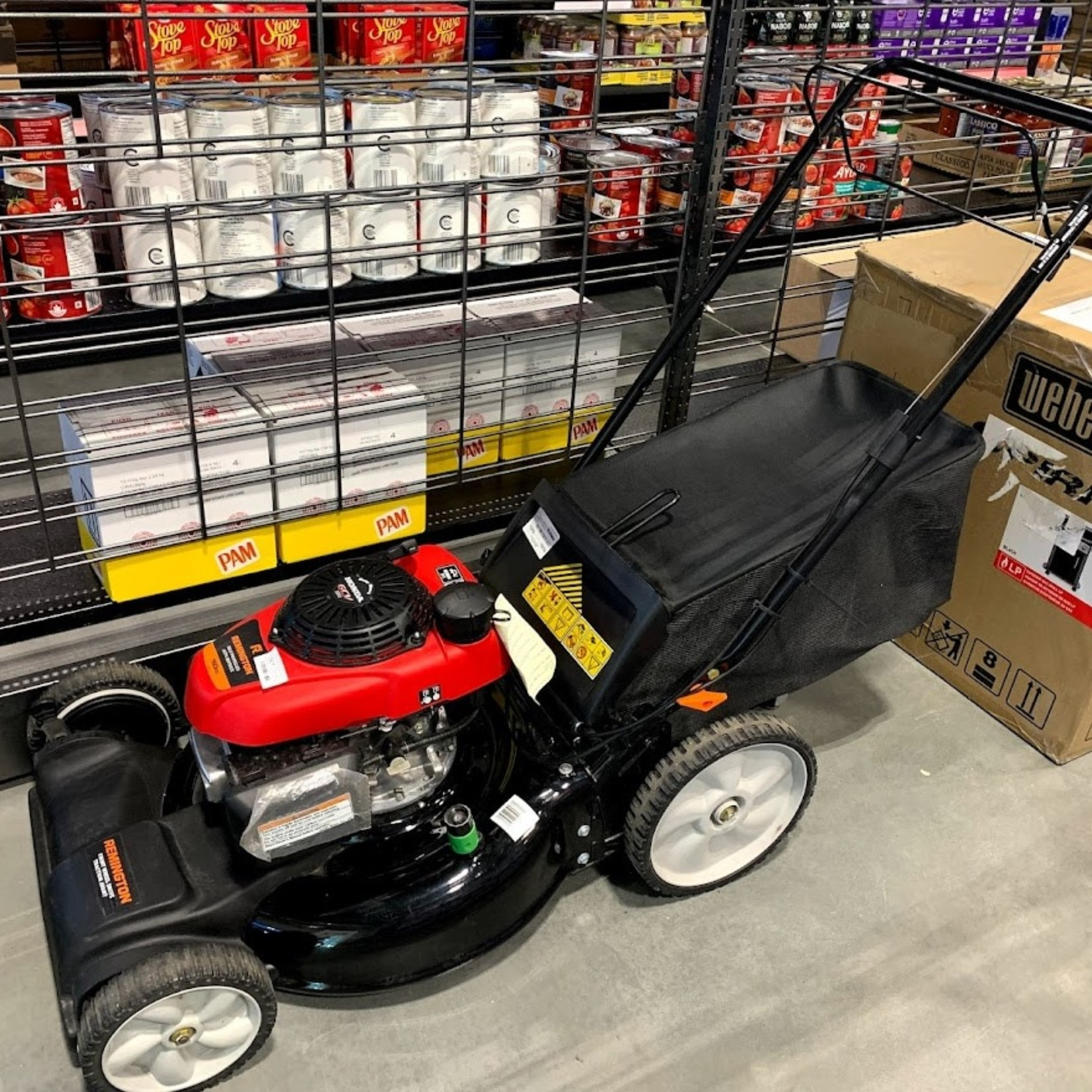 """Remington 21"""" 160cc FWD Self-Propelled Lawn Mower with Honda motor *Open box, Great condition"""