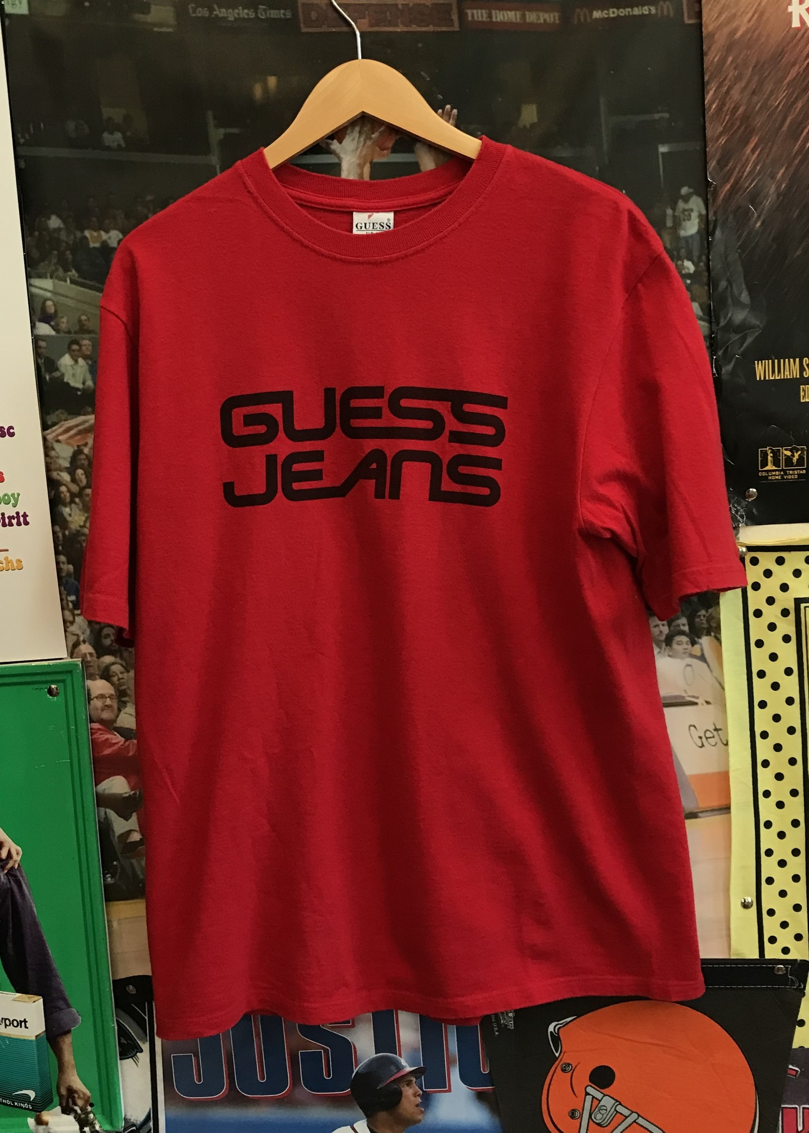 3991guess jeans tee red sz M