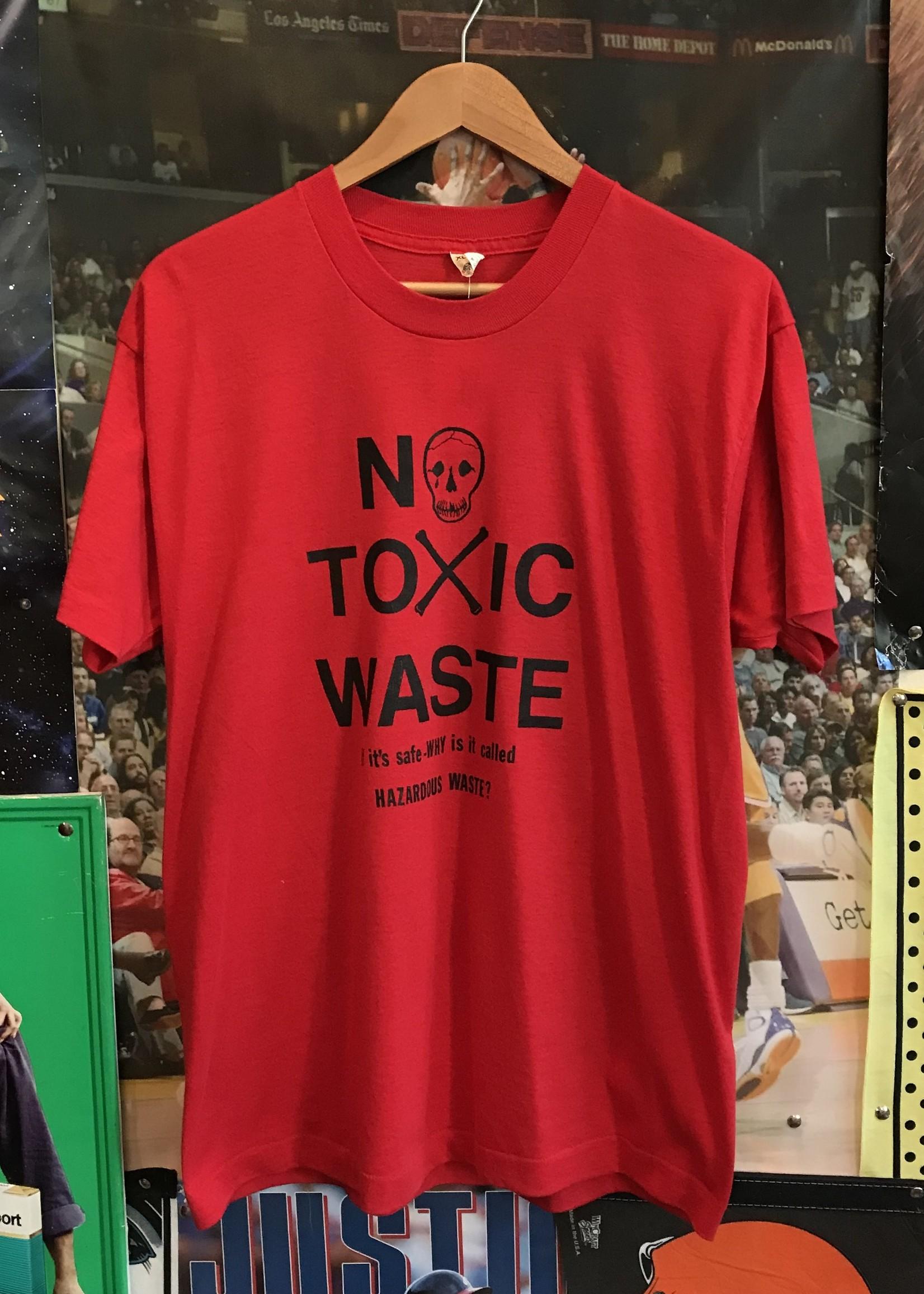 4668no toxic waste tee sz. XL