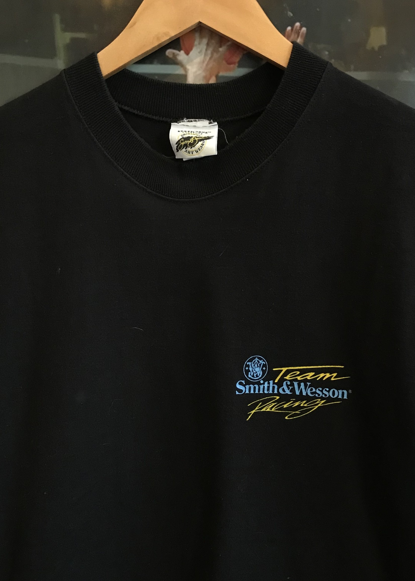4678smith and wesson racing tee sz. L