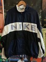 Nike Windbreaker sz XL/2XL