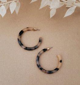 NAT+NOOR  Classic Tortoise Hoops Ivory