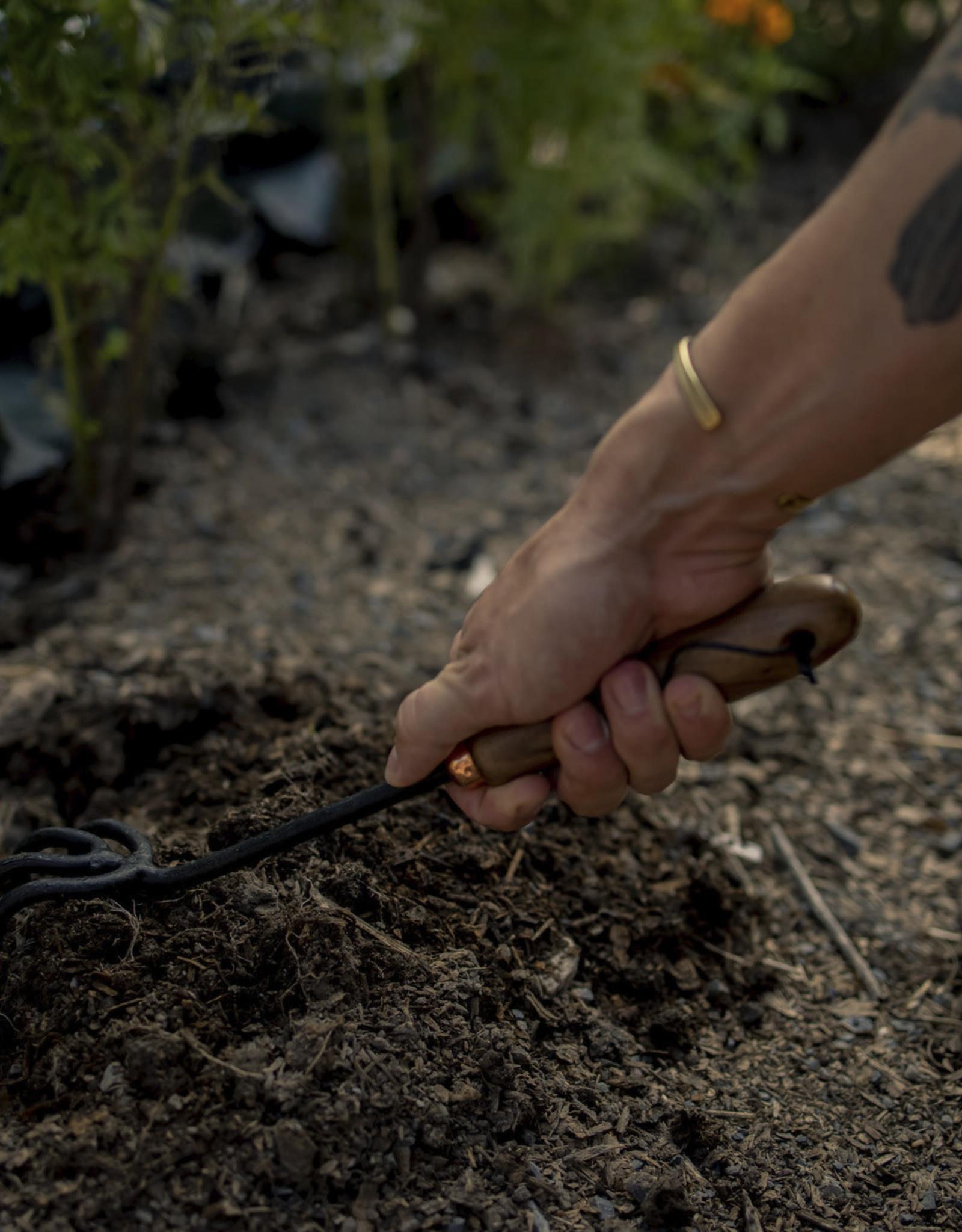 Barebones Barebones - Garden Tools - Walnut Wood Handle Cultivator