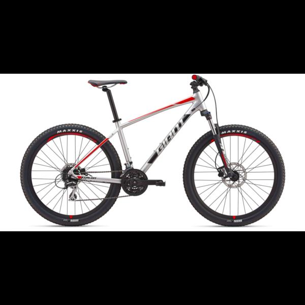 GIANT Location saison - Vélo de montagne Talon 27.5 2019