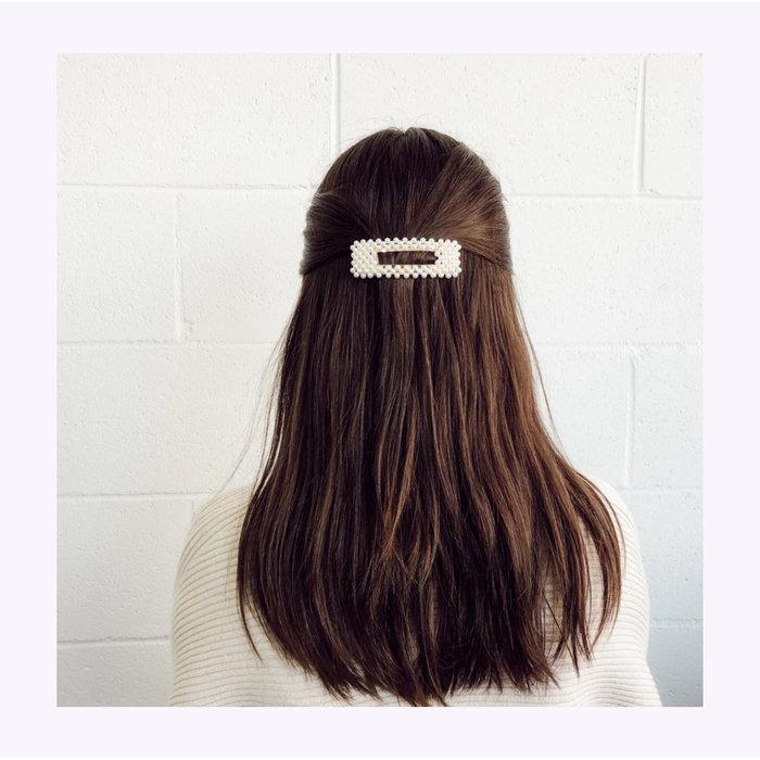 Horace Pearl Hair Clip