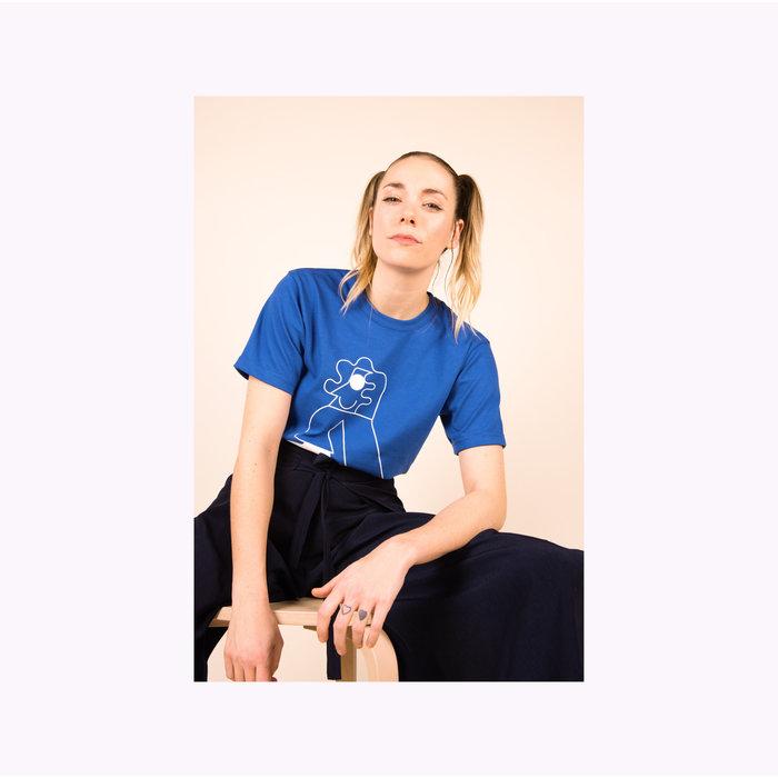 Les Beaux Jours Blue Character T-shirt