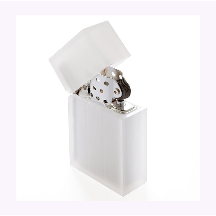 Tsubota Pearl Clear Frost Reusable Lighter