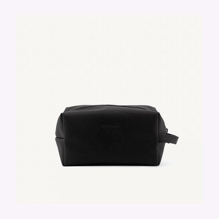Monk & Anna Monk & Anna Black Toiletry Bag