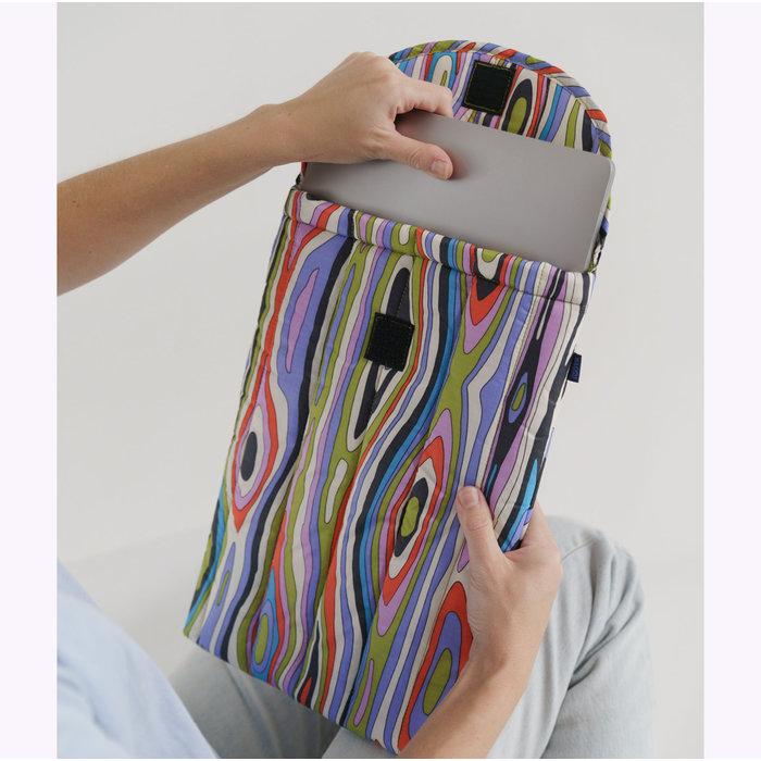"Baggu Woodgrain Puffy Laptop Sleeve 16"""