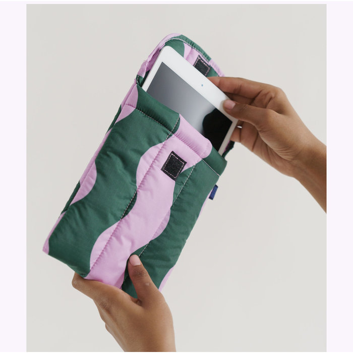"""Baggu Pink & Green Wavy Stripe Puffy Tablet Sleeve 8"""""""