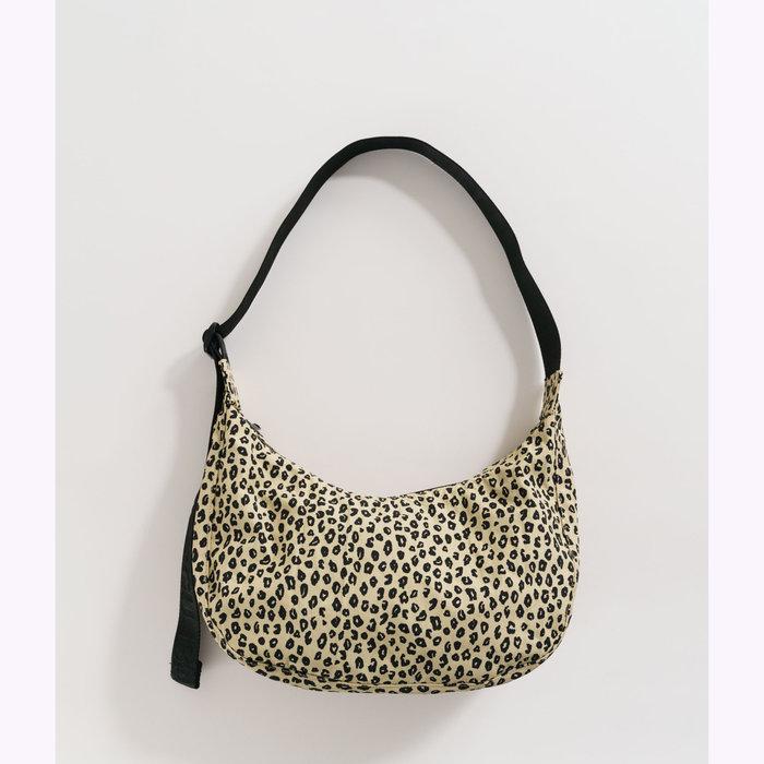 Baggu sac à main Baggu Honey Leopard Crescent Bag