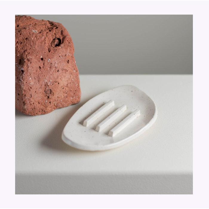 Maison Stoï Ivory Soap Holder