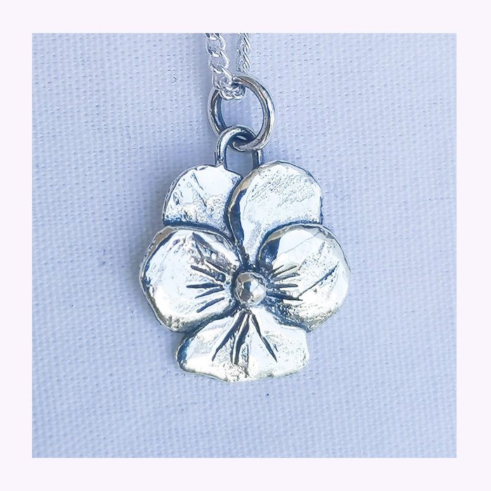 Bilak Bilak Pansy Necklace