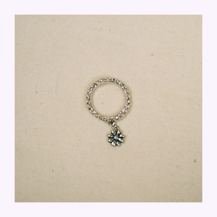 Bilak Bilak Tiny Flower Blueprint Ring