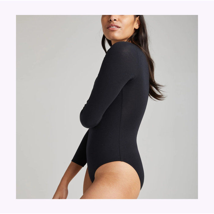 Richer Poorer Scoop Neck Black Bodysuit