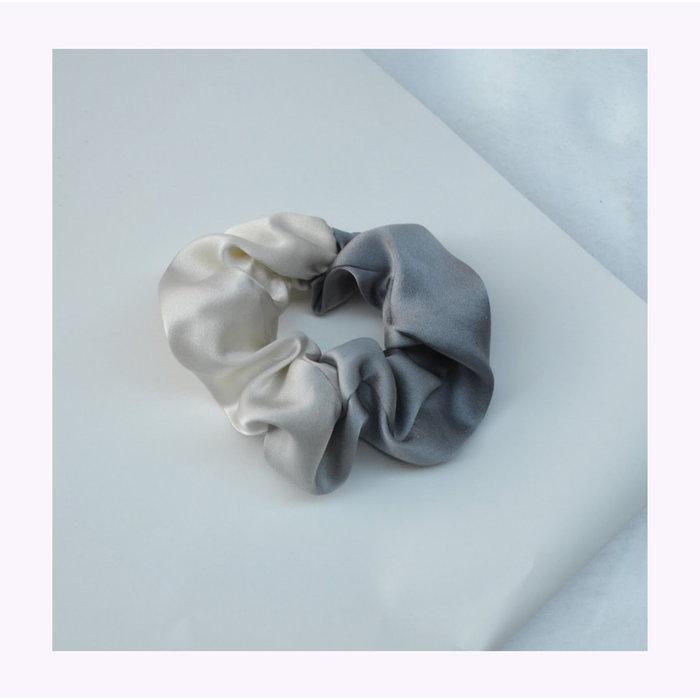 Papillon Ivoire Small Silk Scrunchie
