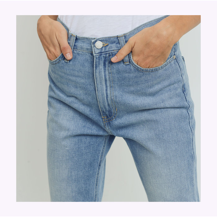 JBD Light Denim Cool Mom Jeans