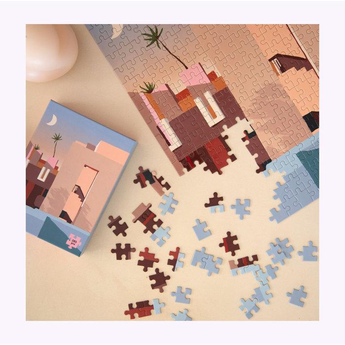 Slow Down Studio La Muralla Roja Puzzle