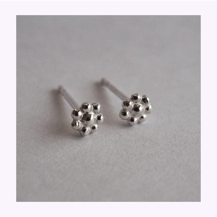 Marmod8 Mini Flower Earrings