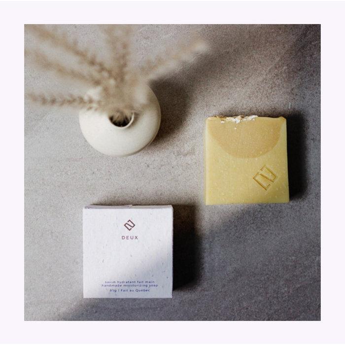 Deux Cosmétiques Oatmeal & Vanilla Soap
