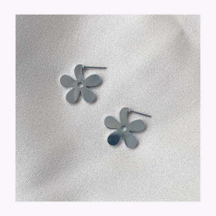 Horace jewelry Horace Flara Earrings