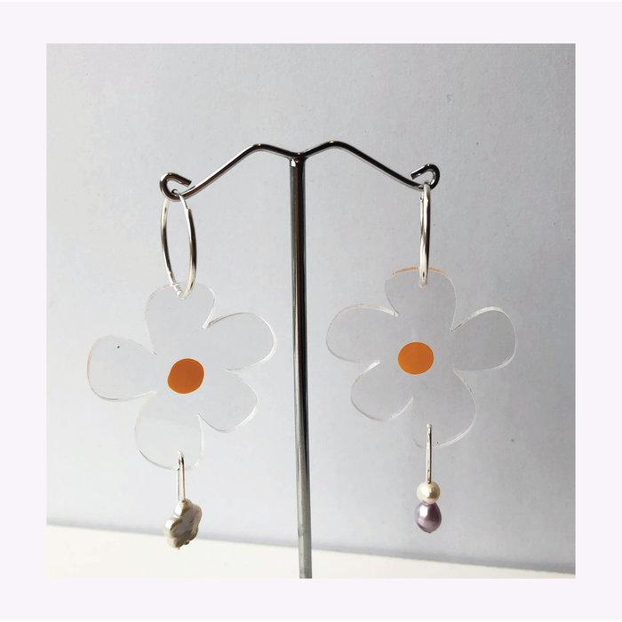 Dorkus Design Nectar Pearl Earrings