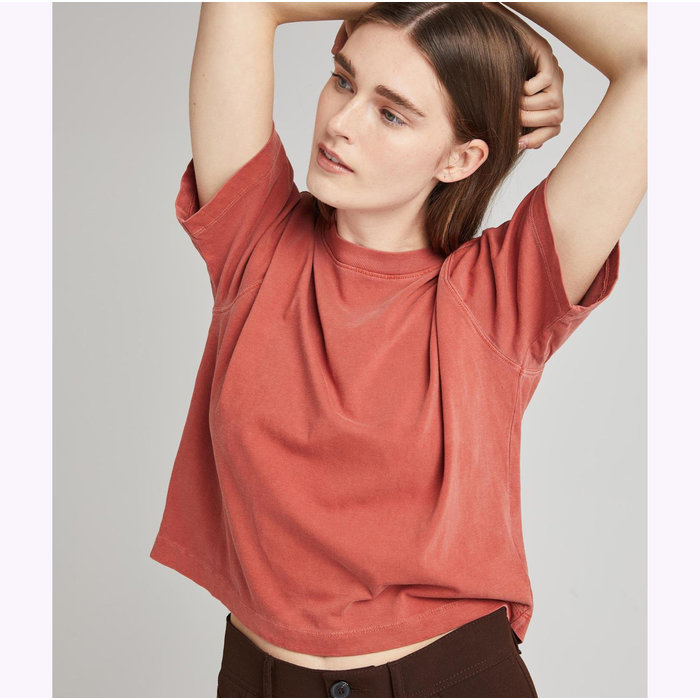 Relaxed Crop Tee Rouge Ocre Richer Poorer