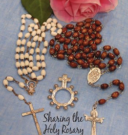 Dodo Blessings Sharing the Holy Rosary: A Guide for Christians, by Karen Robertson (paperback)