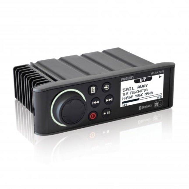 Fusion AM/FM/Bluetooth/USB/Satrad N2K