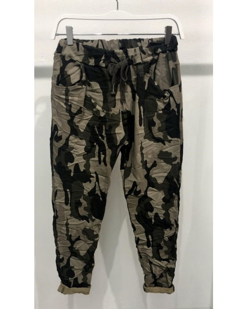 venti6 Camouflage Crinkle Jogger