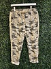 venti6 Camouflage Star Crinkle Pants