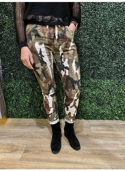 venti6 Floral Camoflage Print Jogger