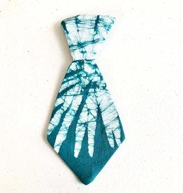 Global Mamas Pet Tie Green Batik