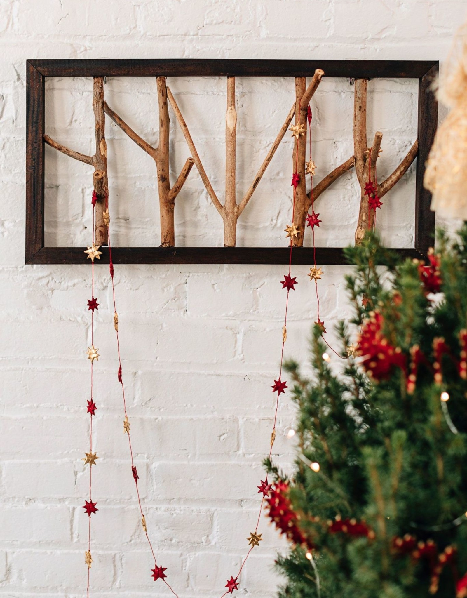 Red & Gold Palm Star Garland