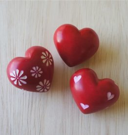 Venture Imports BOX Red Hearts