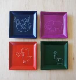 Venture Imports Square Animal Dishes - Elephant w/Heart