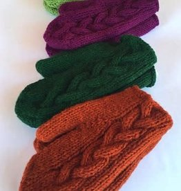 Ganesh Himal Cable Knit Mitten