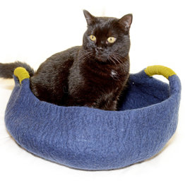 Dharma Dog Karma Cat Handle Pet Basket