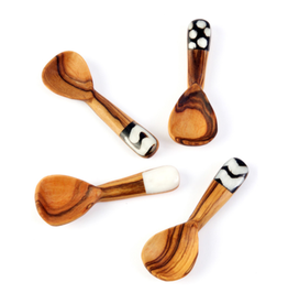 Harkiss Designs Batik Bone Olive Wood Spice Spoon