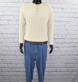 Quality Clothing: Cream Colored Sweater with Buttons