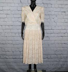 Scott McClintock: White and Peach Dress