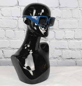 Sunglasses for Gals (Vogue)