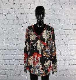 Steena: 1990's Vintage Black and Floral Blouse for Gals