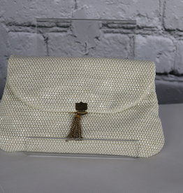 Unknown Brand: Vintage Sequin Clutch with Metal Tassel for Gals