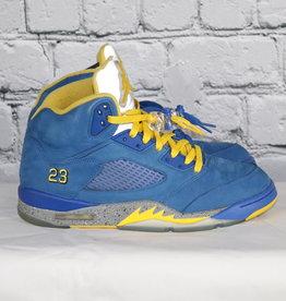 Jordan: Retro Blue, Yellow and Grey Kicks for Guys