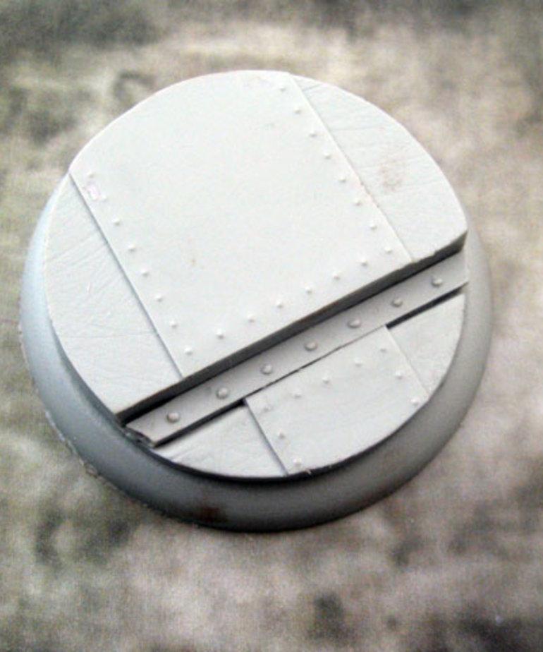 Secret Weapon Miniatures - SWM Iron Deck 50mm Base 02 Secret Weapon Bases BLACK FRIDAY NOW